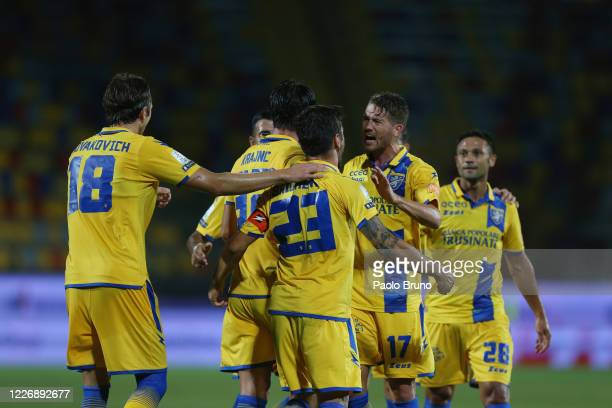 Nicolo' Brighenti of Frosinone Calcio celebrates after scoring the team's first goal during the serie B match between Frosinone Calcio and SS Juve...