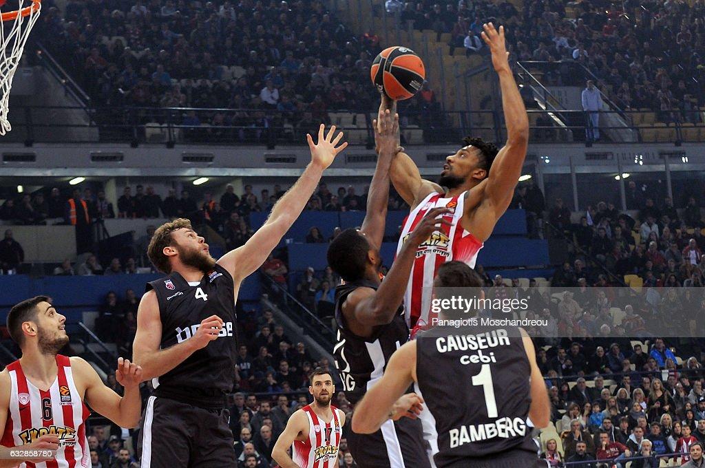 Olympiacos Piraeus v Brose Bamberg - Turkish Airlines Euroleague