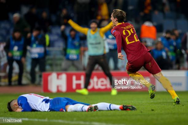 Nicolo Zaniolo of AS Roma celebrates after scoring his first goal against FC Porto during the UEFA Champions League Round of 16 First Leg match...