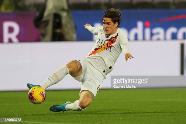 Nicolo' Zaniolo of AS Roma in action during the Serie A match between ACF Fiorentina and AS Roma at Stadio Artemio Franchi on December 22 2019 in...