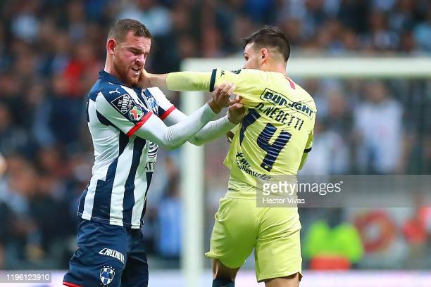 Nicolás Benedetti of America argues with Vincent Janssen of Monterrey during the Final first leg match between Monterrey and America as part of the...
