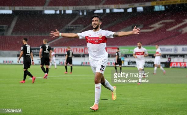 Nicolás González of Stuttgart celebrate after he scores his team's 4th goal during the Second Bundesliga match between VfB Stuttgart and SV...