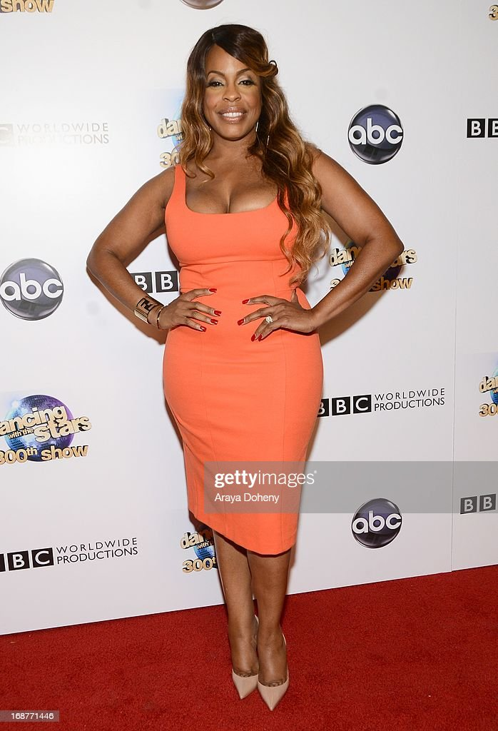 Niecy Nash arrives at the 'Dancing With The Stars' 300th episode red carpet event on May 14, 2013 in Los Angeles, California.