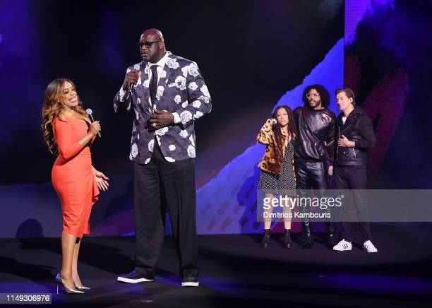 Niecy Nash of TNT's Claws Shaquille O'Neal of Inside The NBA on TNT Eryn Allen Kane Daveed Diggs of TNT's Snowpiercer and Rafael Casal perform...