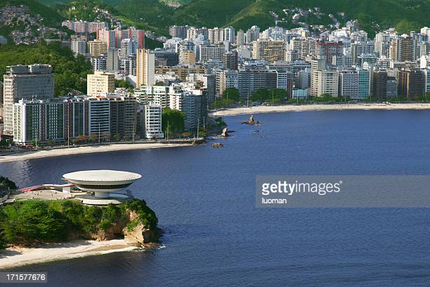 niemeyer´s famous museum in niteroi city - niemeyer museum of contemporary arts stock pictures, royalty-free photos & images