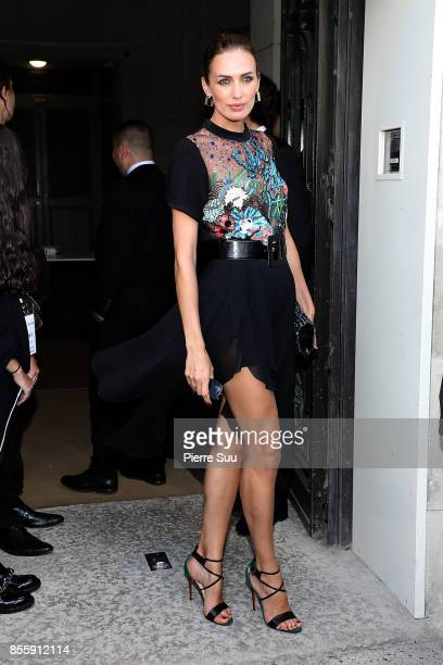 Nieves Alvarez arrives at the Elie Saab show as part of the Paris Fashion Week Womenswear Spring/Summer 2018 on September 30 2017 in Paris France
