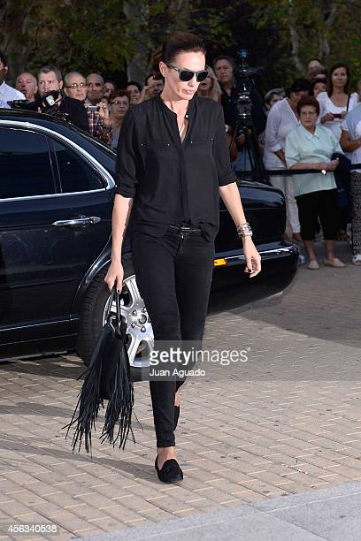 Nieves Alvarez attends Parque San Isidro Cemetery following the death of Miguel Boyer on September 29 2014 in Madrid Spain Spanish politician Miguel...