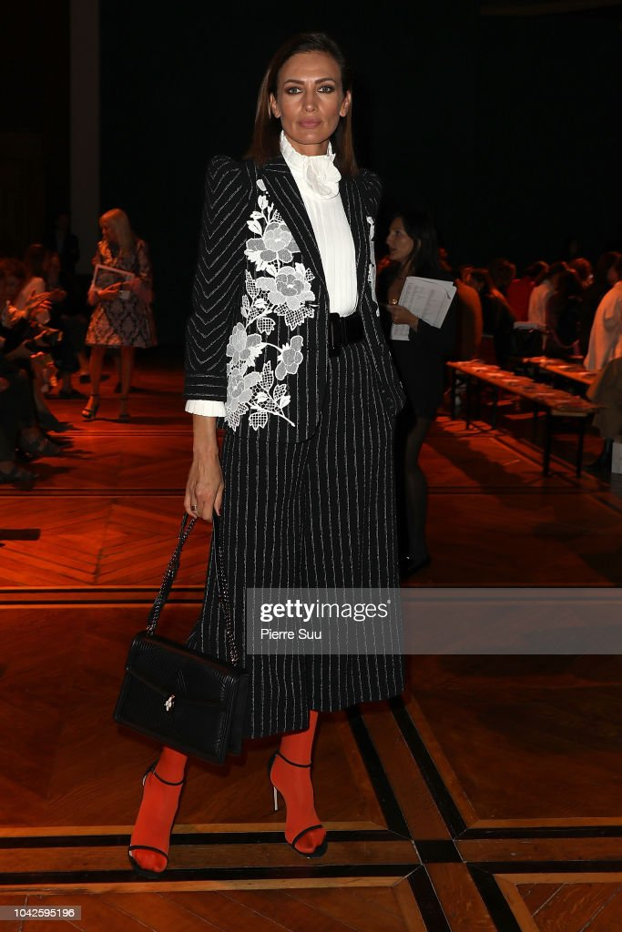 nieves-alvarez-attends-the-andrew-gn-show-as-part-of-the-paris-week-picture-id1042595196