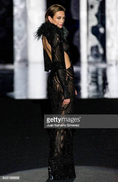 Nieves Alvarez walks the runway at the Duyos show during the MercedesBenz Madrid Fashion Week Autumn/Winter 2017 at Ifema on February 20 2017 in...