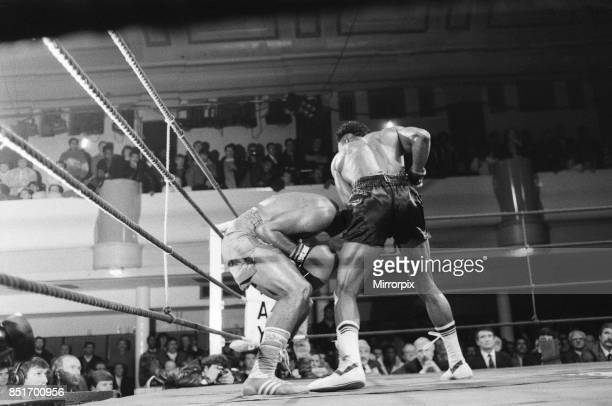 Nigel Benn vs Fermin Chirino at York Hall, Bethnal Green London, Benn stopped his opponent in the second round, 27th January 1988.