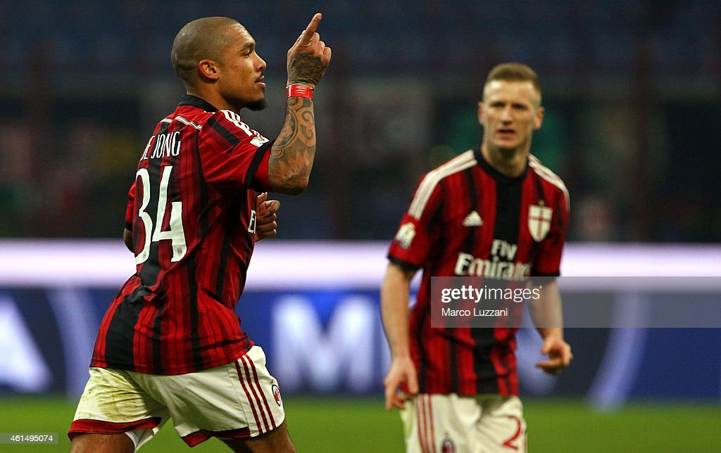 Nigel De Jong of AC Milan celebrates after scoring his goal during the TIM Cup match between AC Milan and US Sassuolo Calcio at Stadio Giuseppe Meazza on January 13, 2015 in Milan, Italy.