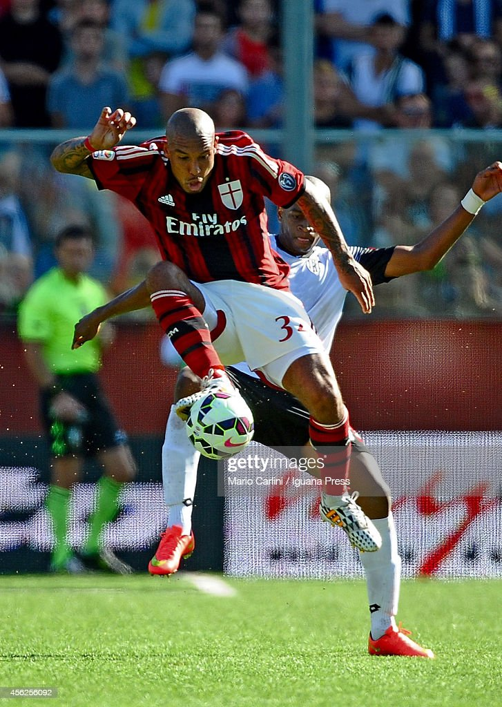 Nigel De Jong # 34 of AC Milan in action during the Serie A match between AC Cesena and AC Milan at Dino Manuzzi Stadium on September 28, 2014 in Cesena, Italy.