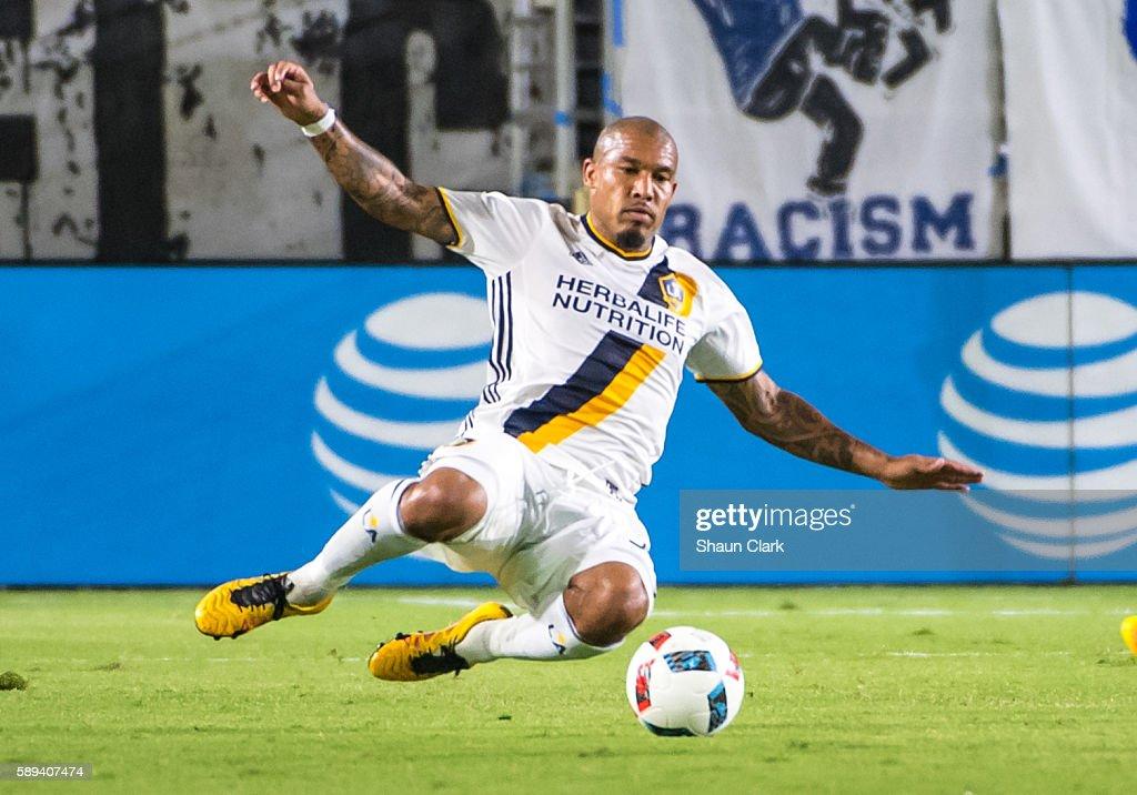 MLS Soccer - Los Angeles Galaxy v Colorado Rapids : News Photo