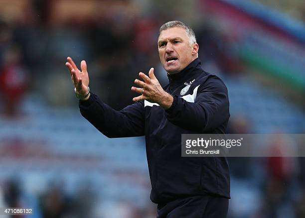 Nigel Pearson manager of Leicester City reacts during the Barclays Premier League match between Burnley and Leicester City at Turf Moor on April 25...