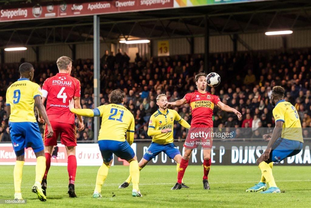 Nigel Robertha Of Sc Cambuur Jeroen Veldmate Of Go Ahead Eagles News Photo Getty Images