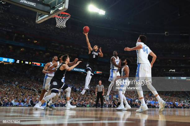 Nigel WilliamsGoss of the Gonzaga Bulldogs drives to the basket in the second half against the North Carolina Tar Heels during the 2017 NCAA Men's...