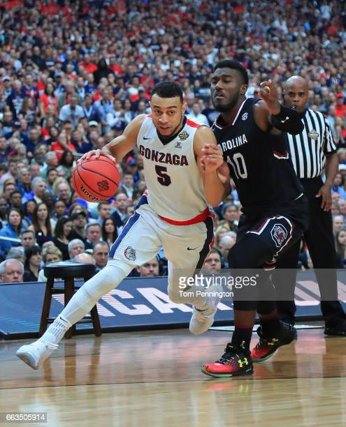 Nigel WilliamsGoss of the Gonzaga Bulldogs is defended by Duane Notice of the South Carolina Gamecocks during the first half during the 2017 NCAA...