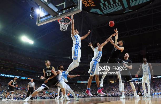 Nigel WilliamsGoss of the Gonzaga Bulldogs shoots against Tony Bradley of the North Carolina Tar Heels in the second half during the 2017 NCAA Men's...