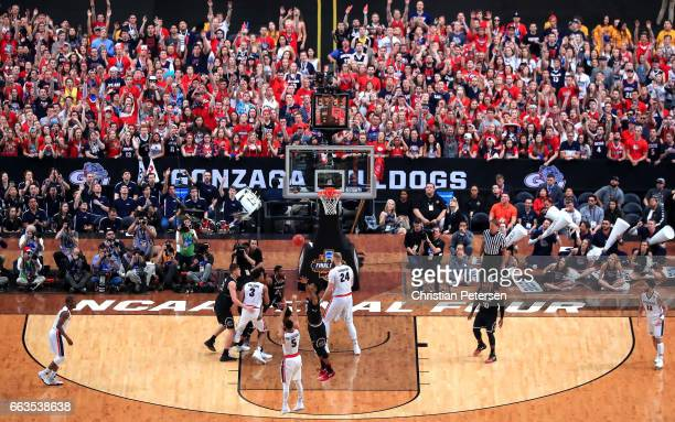 Nigel WilliamsGoss of the Gonzaga Bulldogs shoots in the second half against the South Carolina Gamecocks during the 2017 NCAA Men's Final Four...