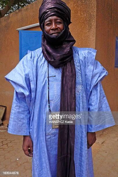 Niger A Prince Begins To Free The Slaves L'esclavage existe toujours au Niger Un prince touareg se bat contre cette pratique toujours en vigueur et...
