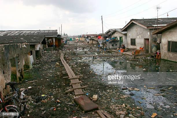 NGA Nigeria Lagos Stadteil Ijora Ghanaer Ghetto