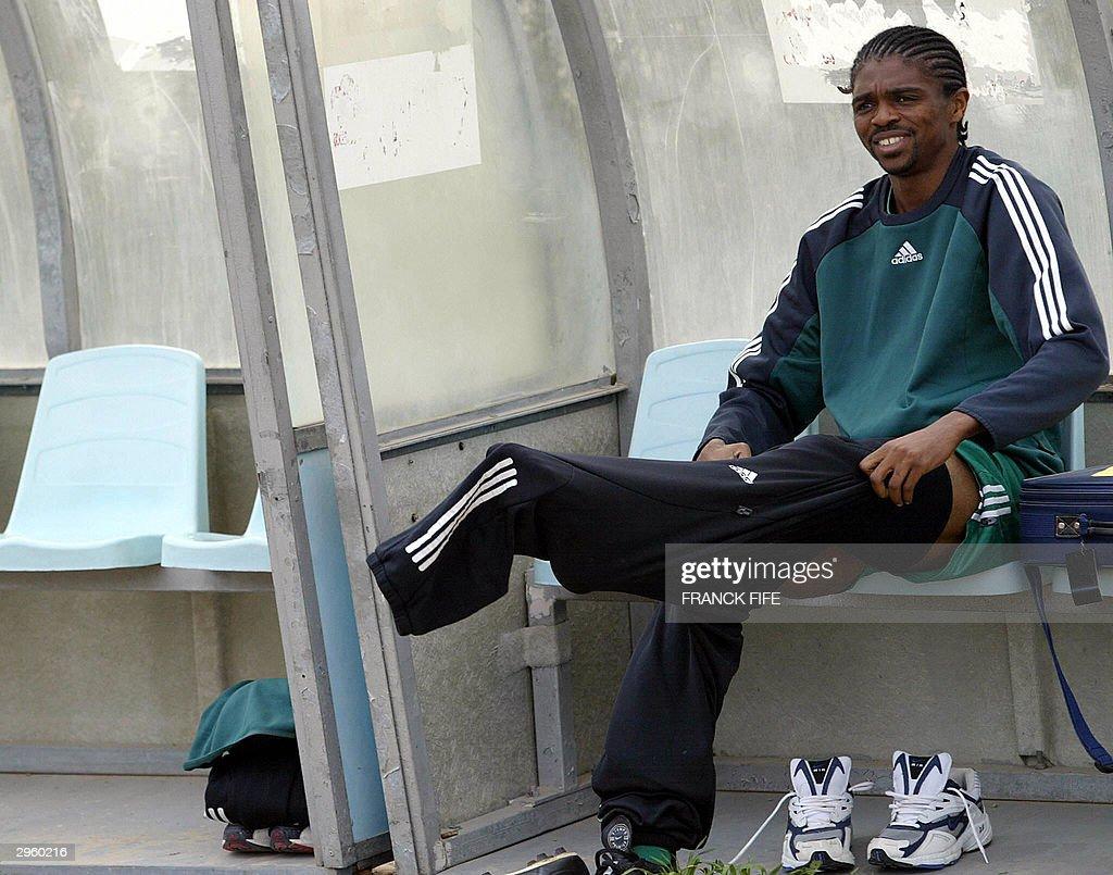 Nigerian forward Nwankwo Kanu changes fo : News Photo
