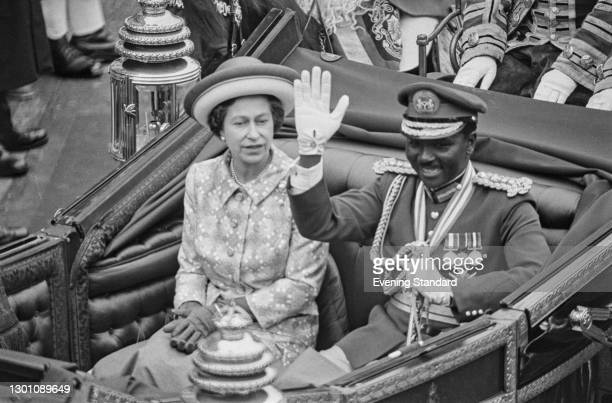 Nigerian Head of State Yakubu Gowon rides with Queen Elizabeth II to Buckingham Palace during an official visit to London, UK, June 1973.