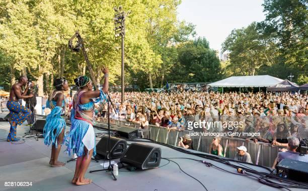 Nigerian musician Seun Kuti along with musicians and dancers Iyabo Folashade Adeniran and Joy Ayomide Opara leads his group Egypt 80 during a...