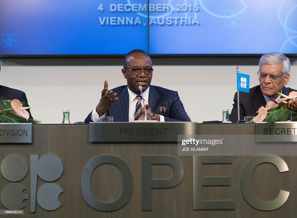Nigeria's Minister of State for Petroleum Resources and President of the OPEC Conference Emmanuel Ibe Kachikwu (L) and OPEC's Secretary General Abdalla Salem El-Badri of Libya attend a news conference after a meeting of the Organization of the Petroleum Exporting Countries, OPEC, at OPEC headquarters in Vienna, Austria on December 4, 2015.