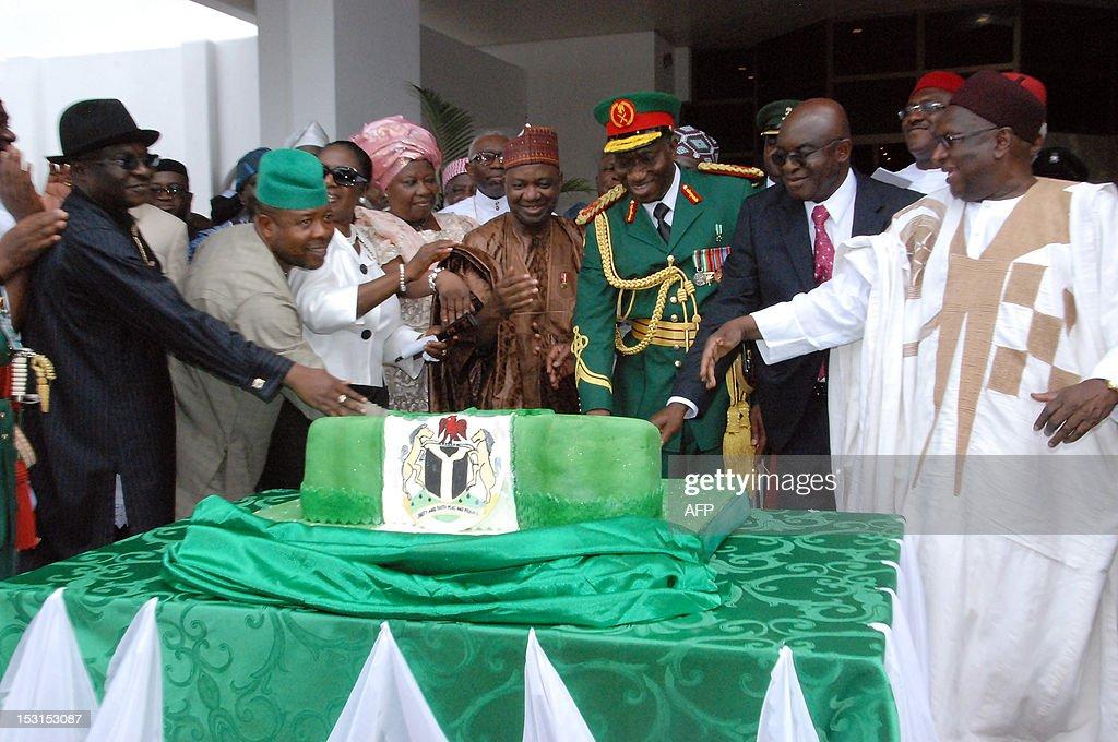 NIGERIA-POLITICS-INDEPENDENCE-ANNIVERSARY : News Photo