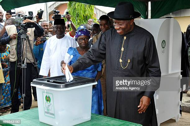 Nigeria's President Goodluck Jonathan casts his vote at Ward 13 Unit 39 Otuoke polling station to cast his votes during the Governorship election in...