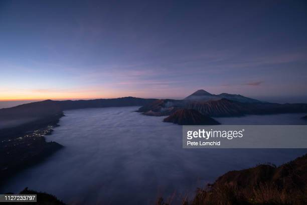 night at bromo volcano - tengger stock pictures, royalty-free photos & images