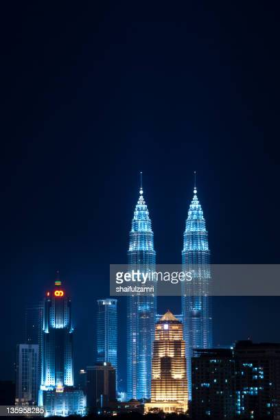 night at kuala - shaifulzamri stock pictures, royalty-free photos & images