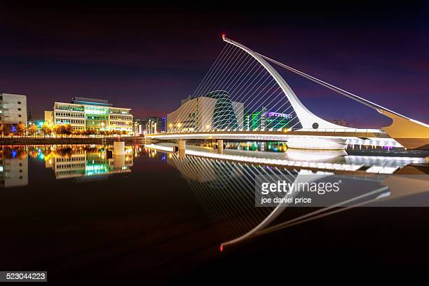 Night at Samuel Beckett Bridge
