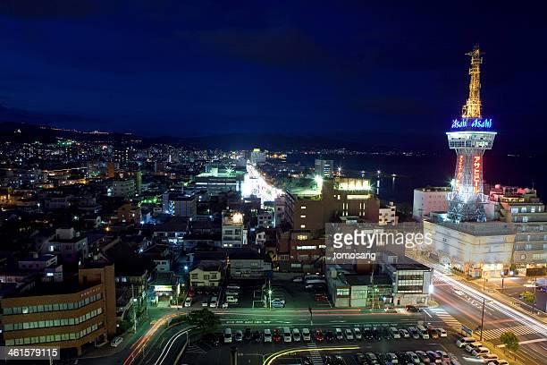 night beppu tower - 別府市 ストックフォトと画像