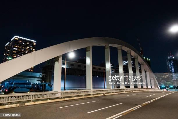 night bridge in tokyo in japan - 運河 ストックフォトと画像