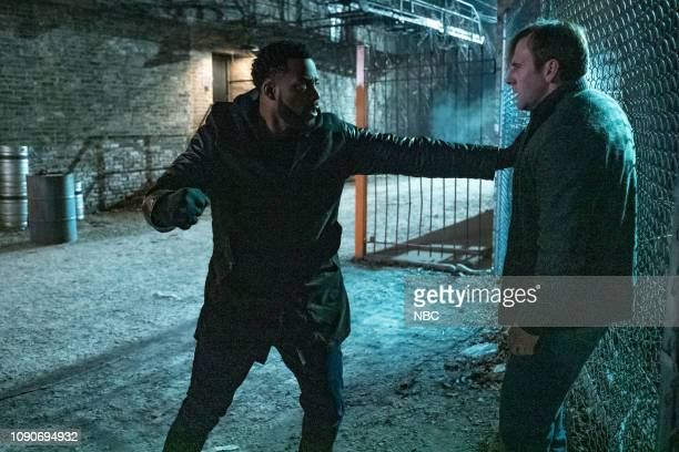 """Night In Chicago"""" Episode 613 -- Pictured: LaRoyce Hawkins as Kevin Atwater, Mickey O'Sullivan as Tom Doyle --"""