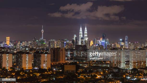 night in kuala lumpur - shaifulzamri stock pictures, royalty-free photos & images