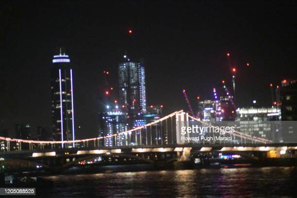 night lights of vauxhall & battersea skyline - howard pugh stock pictures, royalty-free photos & images