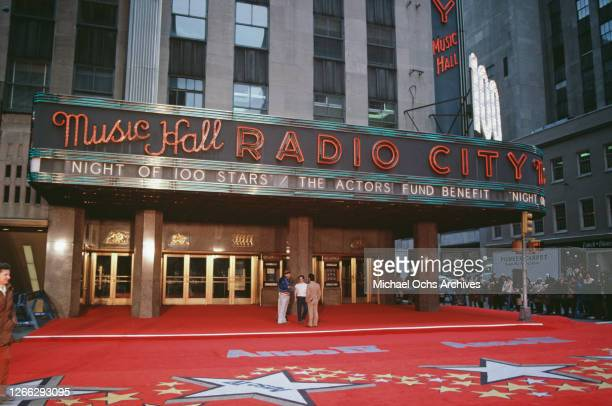 'Night Of 100 Stars', an Actors Fund charity benefit showing at the Radio City Music Hall in New York City, February 1982. A stretch of Sixth Avenue...