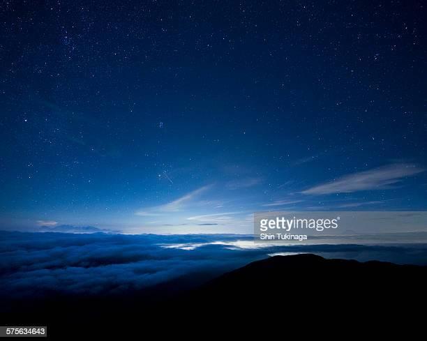 night of shooting stars - night ストックフォトと画像