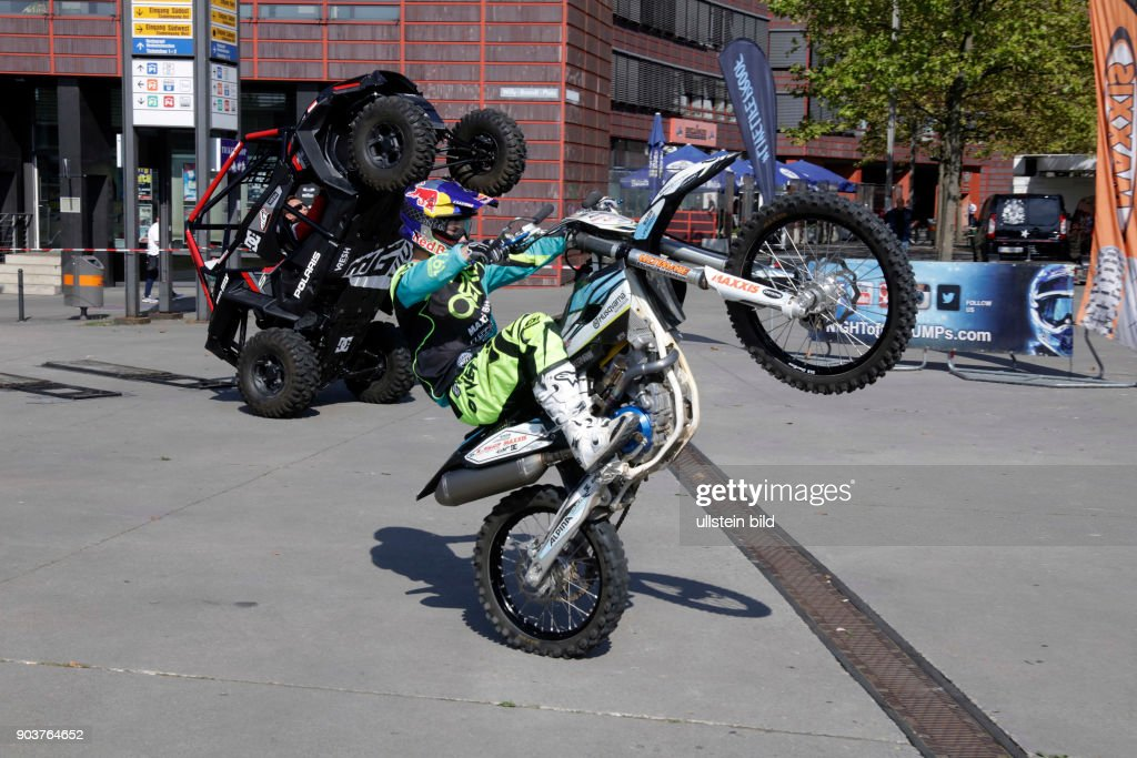 "Freestyle Motocross-Veranstaltung ""Night of the Jumps"" gastiert am 08. Oktober 2016 in der Lanxess-Arena Köln : News Photo"
