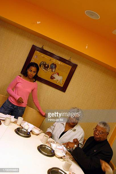 A night out with the actor Kerry Washington on Saturday night October 2 2004This imageKerry Washington with her parents Valerie and Earl at Minni's...