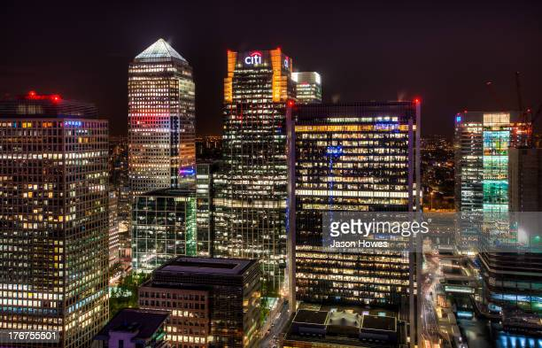 Night photograph of Skyscrapers at canary wharf London