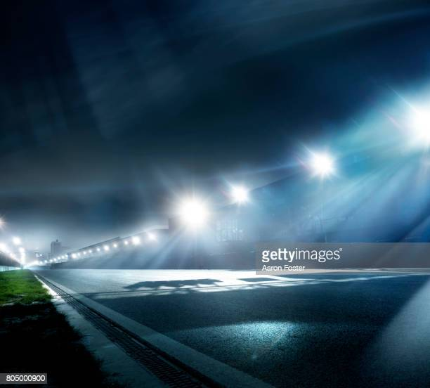 night race track straight - sports track stock pictures, royalty-free photos & images