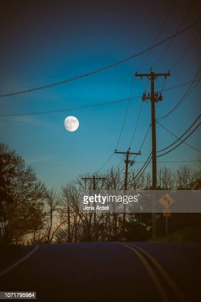 night road, night sky moon, country road at road, full moon, road dusk, winter - 月の光 ストックフォトと画像