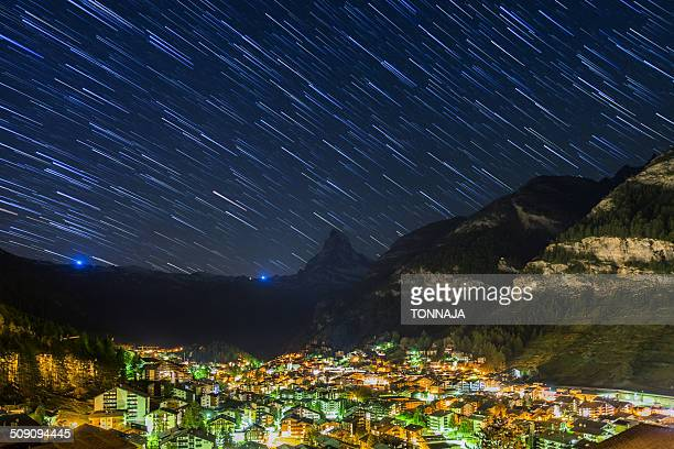 night scene of zermatt village - pinnacle peak stock pictures, royalty-free photos & images