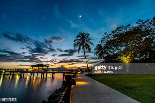 night scenery view of kota kinabalu (famous travel destination) - kota kinabalu stock pictures, royalty-free photos & images