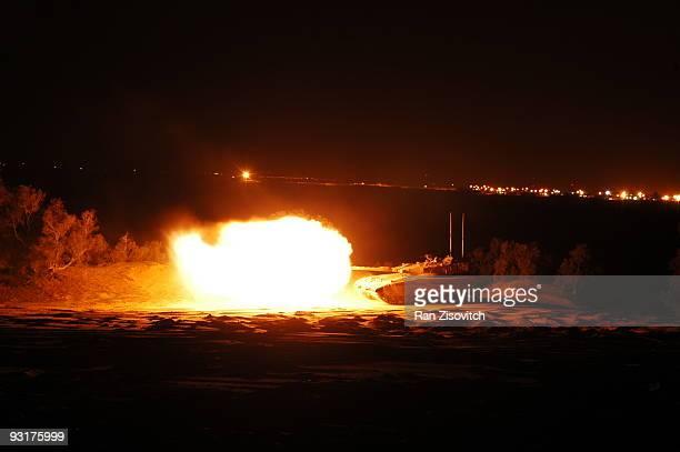 night shooting - batalha guerra - fotografias e filmes do acervo
