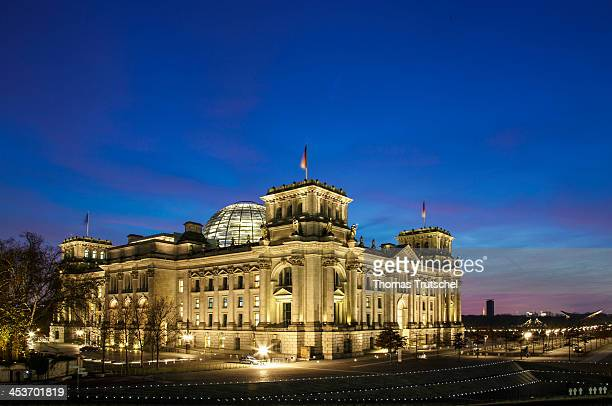 Night shot of the Reichstag building on December 03 in Berlin Germany Photo by Thomas Trutschel/Photothek via Getty Images